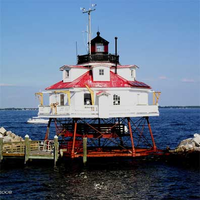 Chesapeake-Bay-Lighthouse-feature